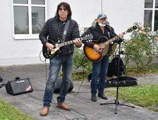 Rock-Nachmittag mit Siggi Schwarz und Tom Croèl bei Regens Wagner Glött